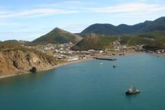 Вид на Аянскую бухту со стороны моря